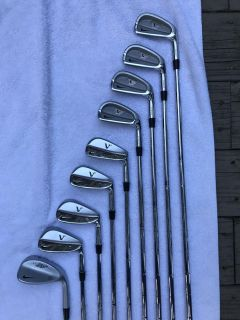 Nike Tiger Woods VR Iron Set with Bag