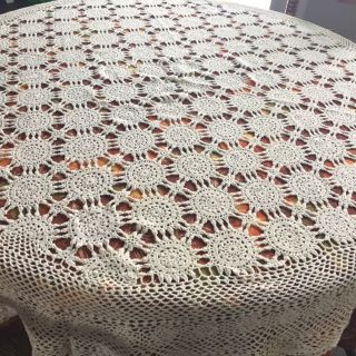 62 Round Antique table cloth excellent!!!!