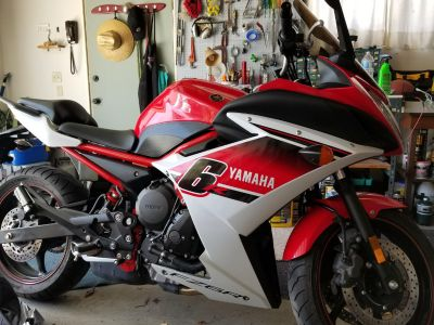 2014 Yamaha FZR600