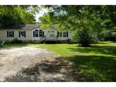 3 Bed 2 Bath Preforeclosure Property in Fort Valley, GA 31030 - Chestnut St