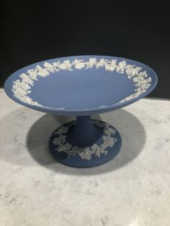 Vintage Wedgewood Jasperware Pedestal candy dish. 3 1/2 tall x 6 across. Made in England