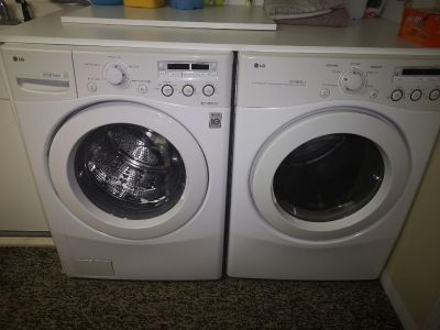 LG matching washer and Dryer
