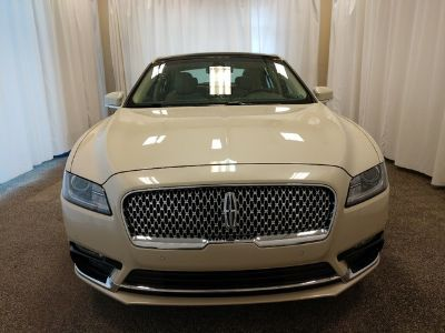 2018 Lincoln Continental Select (Ivory Pearl Metallic)