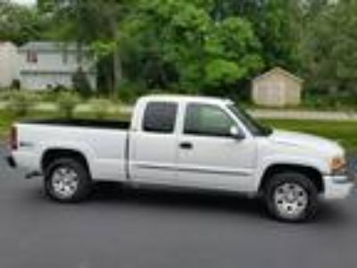 Used 2005 GMC SIERRA For Sale
