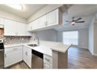 Lincoln Pointe - (A2R) RENOVATED Spinnaker