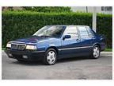 1989 Lancia Thema Sedan