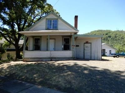 2 Bed 1 Bath Foreclosure Property in Roseburg, OR 97470 - SE Mill St