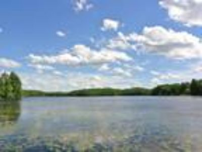 Multiple Lot Opportunities on Little Bearskin Lake