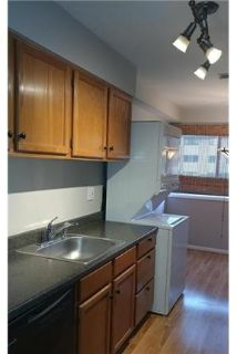 1 bedroom House - Spacious 1BR unit with quality updates to kitchen, bath.