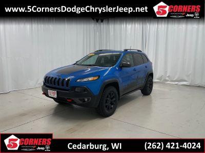 2018 Jeep Cherokee Trailhawk 4x4 (Hydro Blue Pearlcoat)