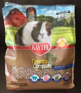 Timothy Complete Guinea Pig food by Kaytee
