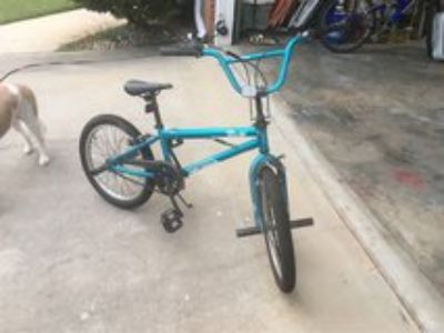 mongoose 100 Fling, BMX Freestyle bike, like new