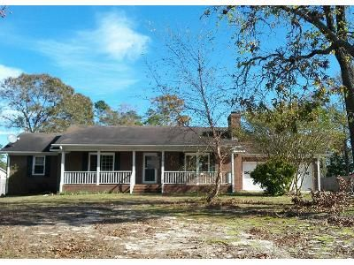 3 Bed 2.0 Bath Preforeclosure Property in Richlands, NC 28574 - Bannermans Mill Rd