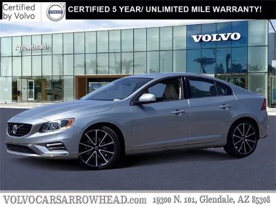 2018 Volvo S60 T5 Dynamic (Electric Silver Metallic)