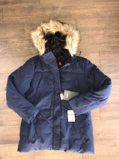 Gerry brand winter coat with faux fur trimmed hood. NWT. Navy blue. Size M.