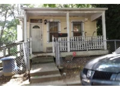 5 Bed 2 Bath Foreclosure Property in Washington, DC 20019 - Jay St NE