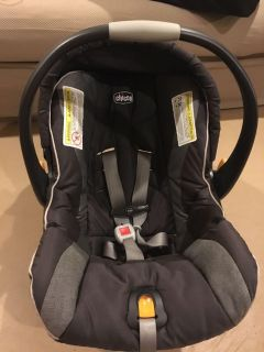 Chicco Key Fit Infant Car Seat with 2 Bases