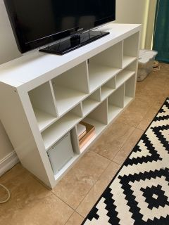 White bookcase or tv stand