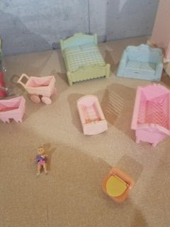 Playskool doll house extra pieces