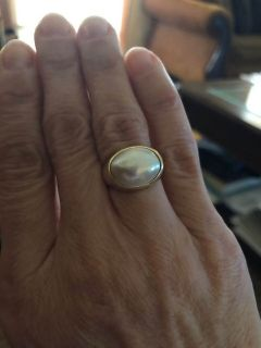 Beautiful, large Mabe Pearl Ring , gold, size 6