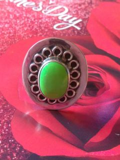 Vintage green gaspitie 925 taxco ring with scroll work
