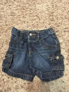 Old navy jean shorts 3-6mth