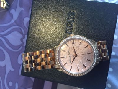 Micheal kors rose gold watch