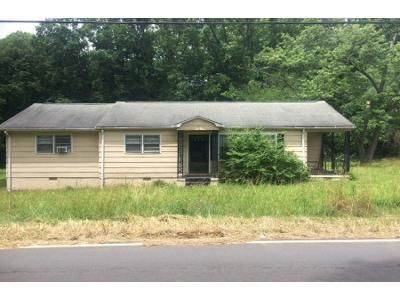 3 Bed 2 Bath Foreclosure Property in Lancaster, SC 29720 - Powell Ave