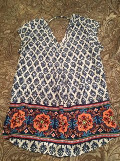 Cute blouse size small
