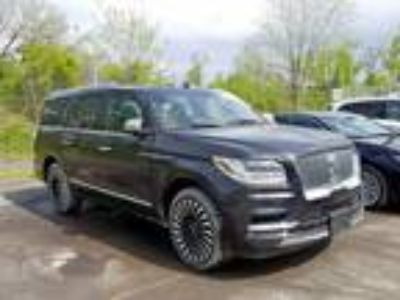 Salvage 2019 LINCOLN NAVIGATOR for Sale