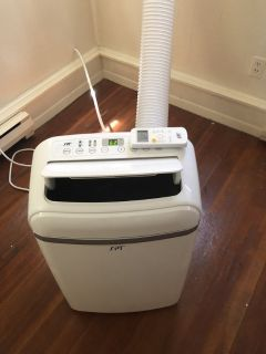 14,000 BTU portable airconditioner / heater/dehumidifier