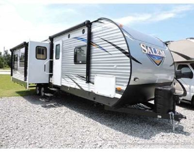 FOREST RIVER SALEM 33 FT RV CAMPER-2 SLIDES