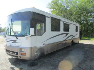 1996 Winnebago Vectra 34WQ