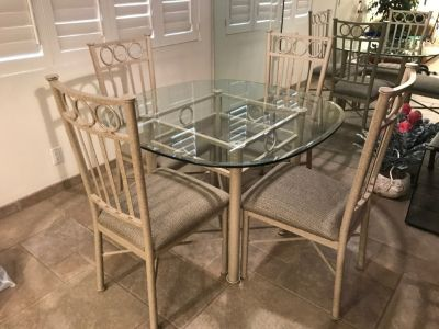 Kitchen/Dinning Room Set with Four Chairs