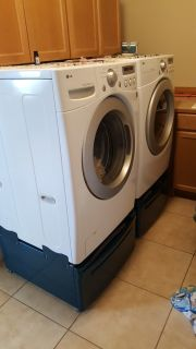 LG washer and dryer with bottom stacking