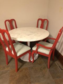 Tulip Style Marble Dining Table & 4 Chairs