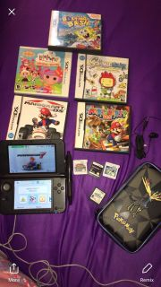 Nintendo 3ds lite xl works fine color is red