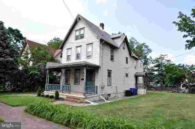824 Laurel St #B Delanco Two BR, Spacious and clean 2nd floor