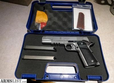 For Sale/Trade: Smith and Wesson SW1911TA, Stainless, Mint with extra mags/grips