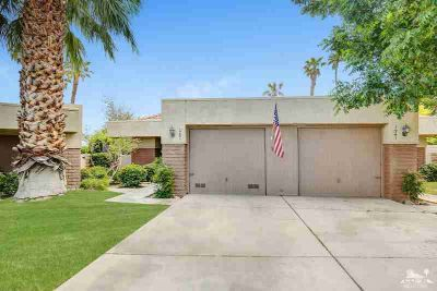 1251 Sunflower Circle South Palm Springs, This lovely single