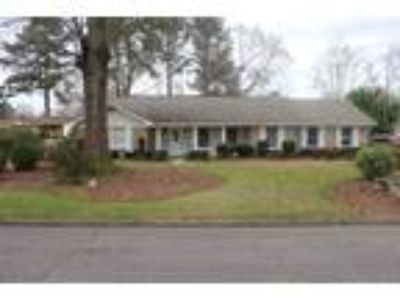 Dothan Real Estate Home for Sale. $129,900 4bd/Two BA. - Katherine Etheredge of
