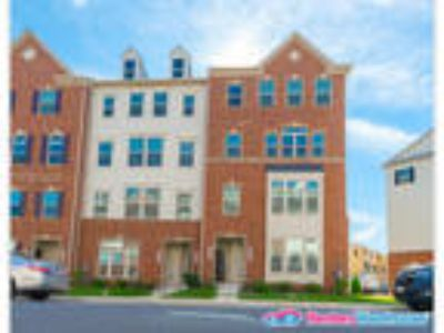 New Construction Townhome w/Community Amenities!
