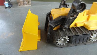 Vintage 1979 Fisher Price BullDozer 4521 with track wheels