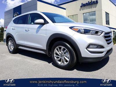 2018 Hyundai Tucson SEL (Molten Silver)
