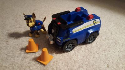 Paw Patrol Chase Dog with Police car