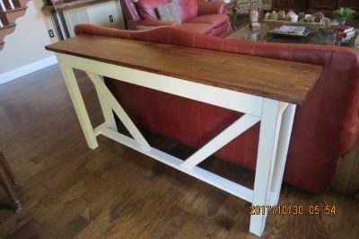 Console Table/Sofa Table