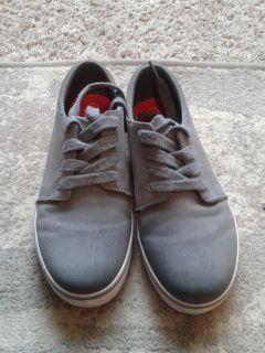 Size 4 Cat & Jack canvas sneakers