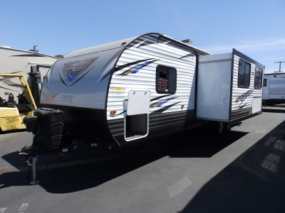2019 Forest River SALEM 271BHXL, 1 SLIDE, REAR BUNKS, POWER PACKAGE, EXTERIOR CAMP KITCHEN, FRONT QUEEN BED, SOFA/SLEEPER, DINETTE, SLEEPS 7