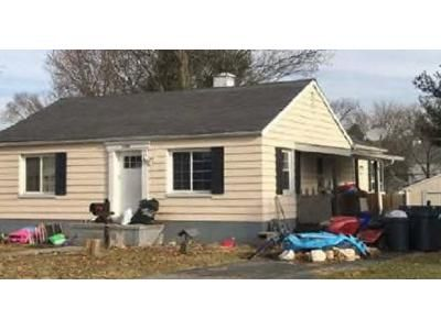 3 Bed 1 Bath Foreclosure Property in Hagerstown, MD 21742 - Sunnyside Dr