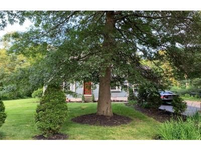 3 Bed 2 Bath Preforeclosure Property in Southborough, MA 01772 - Parkerville Rd
